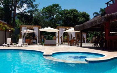 Pousada em Maresias com piscina e sauna integrada